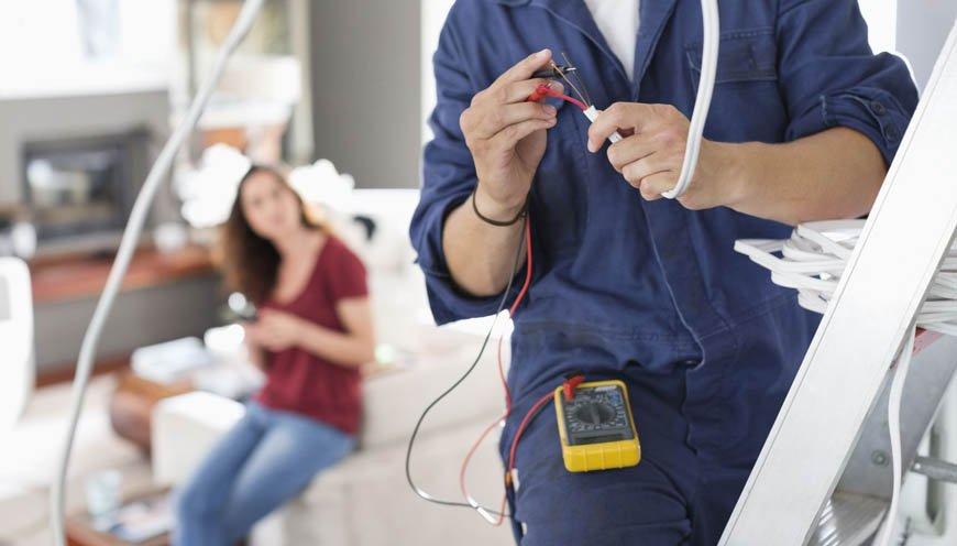 Il servizio DI Pronto Intervento Elettrico Appia Pignatelli è attivo 7 giorni su 7 H24